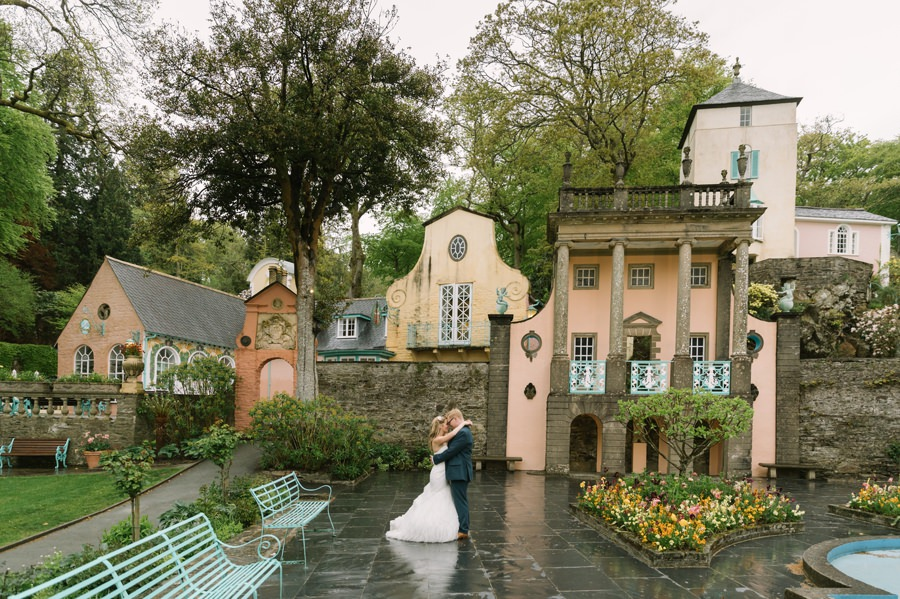 bride and groom in Portmeirion. Get married in North Wales