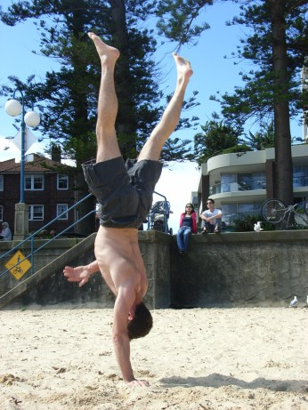 One handed handstand!