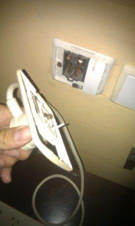 Broken-socket