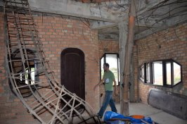 Construction was ongoing in the Crazy House... and had been for the last few decades!