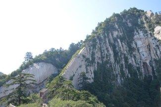 Hua-Shan-Dragon-Back-Ridge