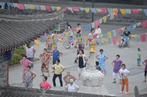 Xian-Pensioners-dancing