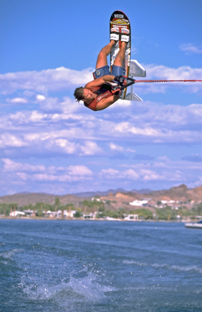 00_TonyKlarich.com_Water_Skiing_Hydrofoil_BVROLL_Creative_Commons_Free_3MR