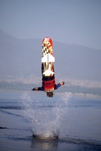 00_TonyKlarich.com_Water_Skiing_Hydrofoil_GAINERDISMOUNT_Creative_Commons_Free_3MR