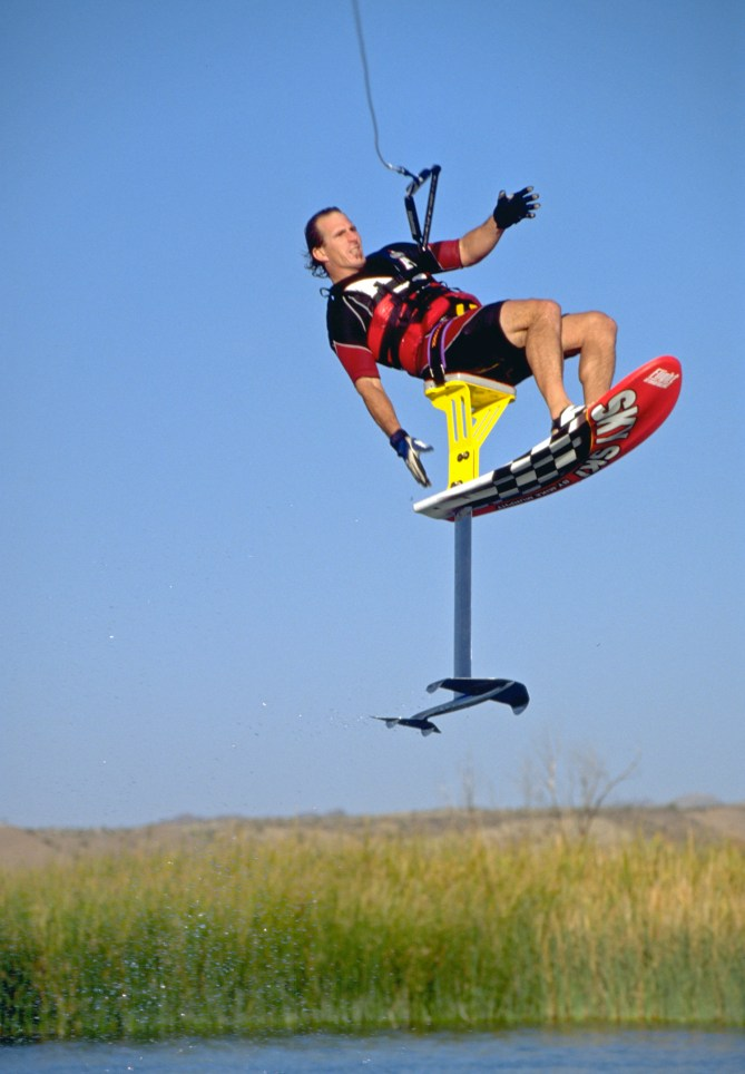 98_TonyKlarich.com_Water_Skiing_Hydrofoil_FLOATER_Creative_Commons_Free_3MR