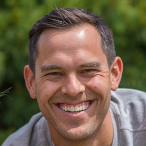 Merging Business and Philanthropy through Trackable Giving, with Bryan Pape, MiiR