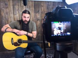 The Acoustic Letter guitar reviews with Tony Polecastro