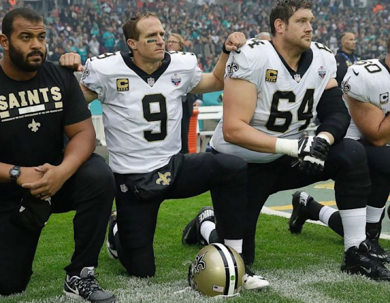 Photo of 5 NFL Players That Would Shock The World If They Kneeled During The National Anthem