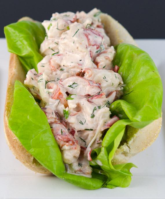 Lobster Roll | © www.toochskitchen.com |