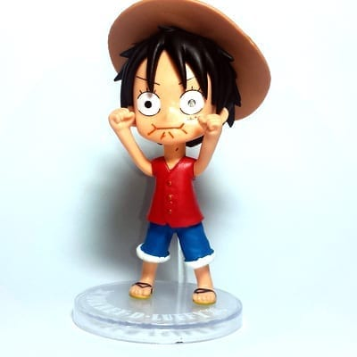 "Figura Luffy PT One Piece Anime Enojado Base Transparente en Bolsa 4"" (copia)"