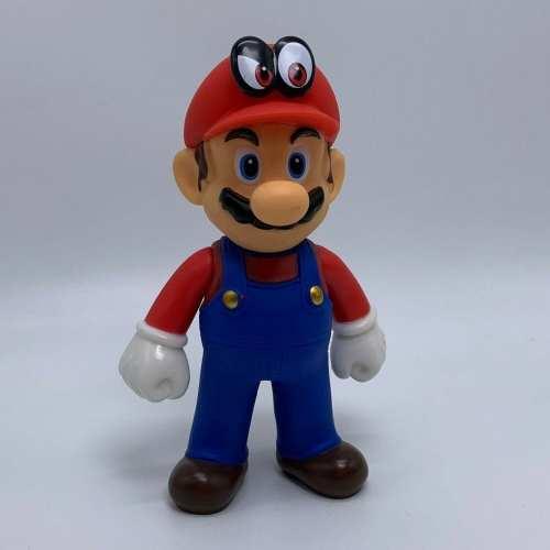 """Figura Mario con Cappy Banpresto Mario Odissey Videojuegos 4"""" en Bolsa (Copia)"""