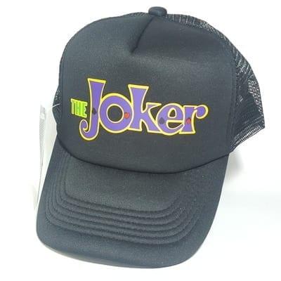 Gorra de Malla Joker TooGEEK Joker DC Comics Logo Fondo Morado