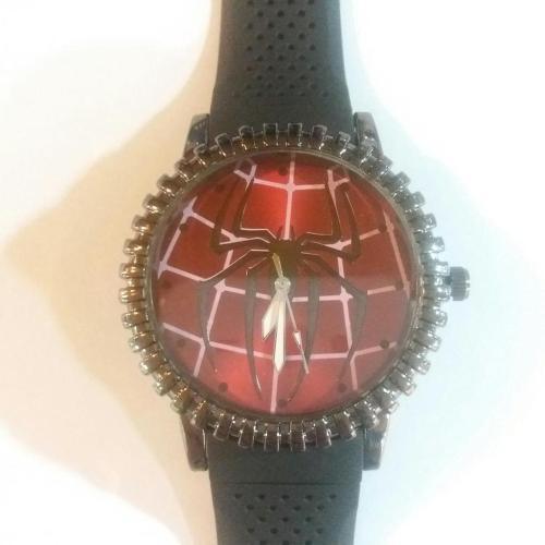 Reloj de Pulso Spider Man PT Spider Man Marvel Logo Fondo Rojo