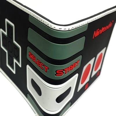 Billetera Control NES PT Nintendo Videojuegos (Copia)