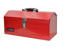 Metal toolbox with lock