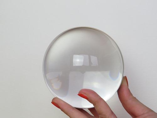 glass-ball-684902_1920