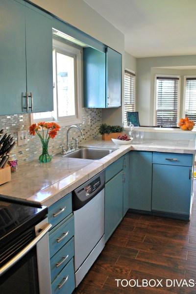 Toolbox Divas Kitchen update on a budget