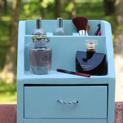 DIY Perfume and Make-up Organizer