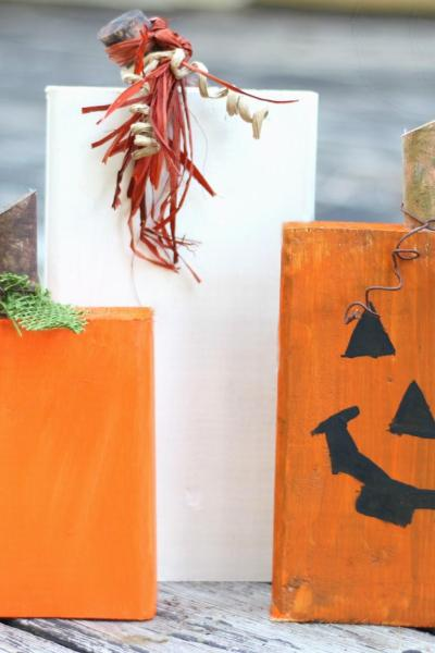 Quick 30 Minute DIY Wooden Block Pumpkins