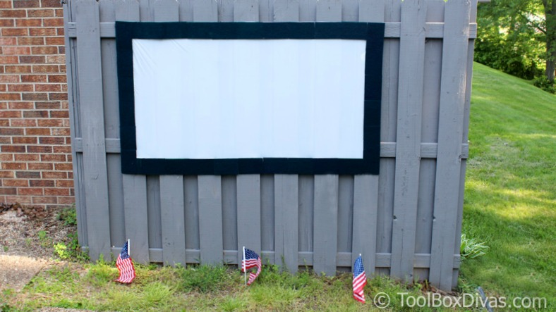 Diy outdoor movie theater and projection screen toolbox divas dollar tree diy outdoor movie theater projection screen 2018 freerunsca Image collections