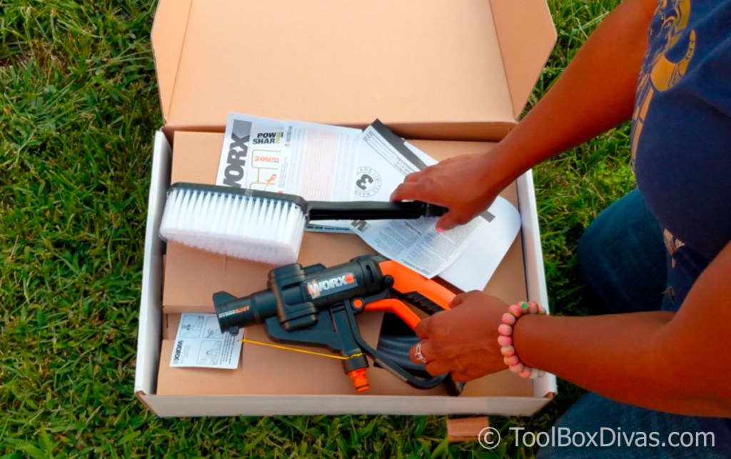 Review Of The Worx Hydroshot Toolbox Divas