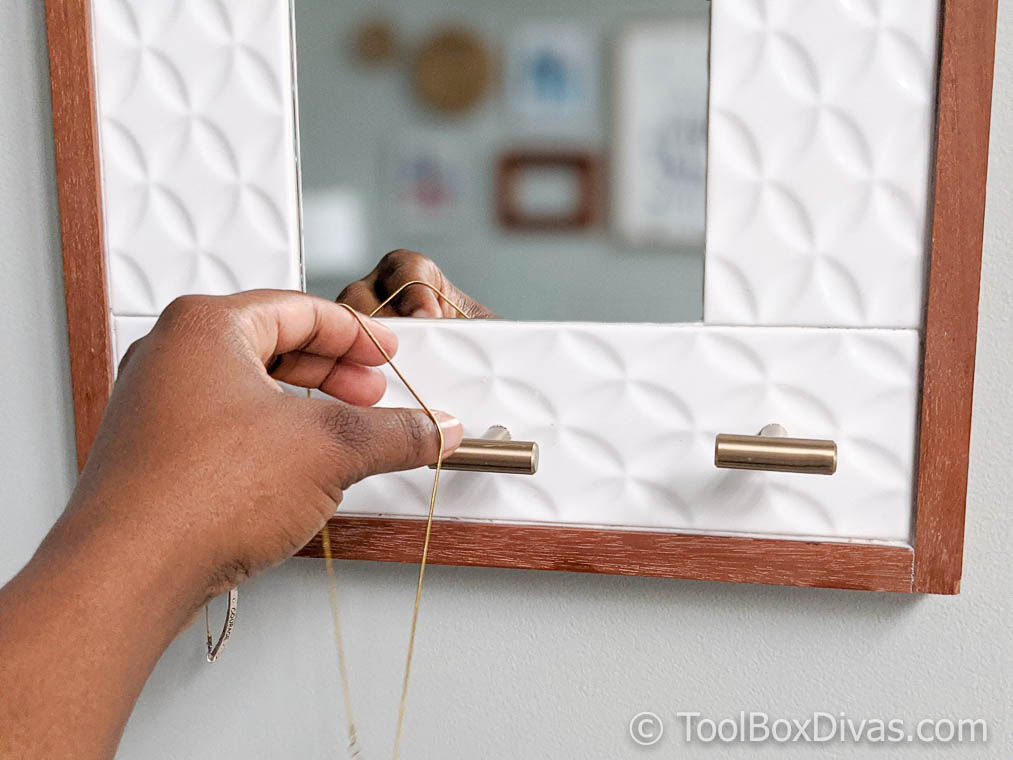 Tiled Hanging Mirror with Jewelry Storage @ToolBoxDivas (14 of 47) Jewelry Storage