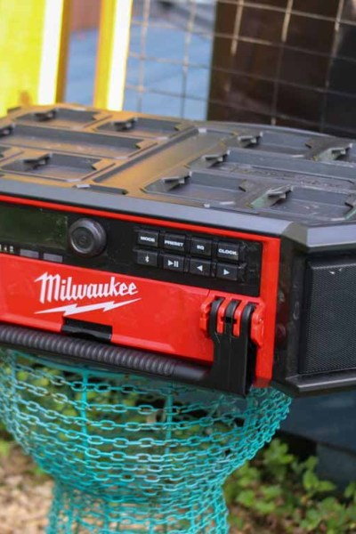 Review-of-MIlwaukee-Packout-Radio-charger-@toolboxdivas003