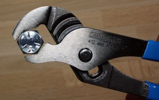 Channellock-412-V-Jaw-Pliers-Holding-Hex-Head-Fastener