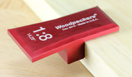 Woodpeckers Dovetail Marking Gauge in Saddle Square Position