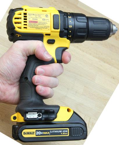 Dewalt 20V Drill DCD780C2 Grip