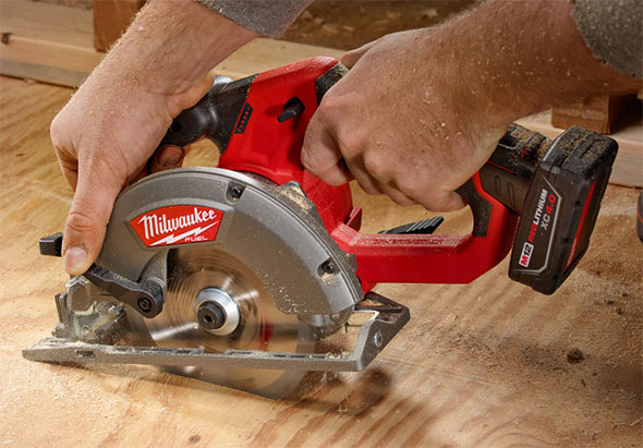 Milwaukee M12 Fuel Circular Saw Cutting Sheet Goods