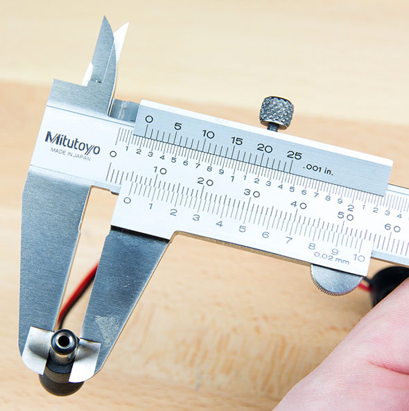 Mitutoyo Vernier Calipers Outer Jaws Measurement