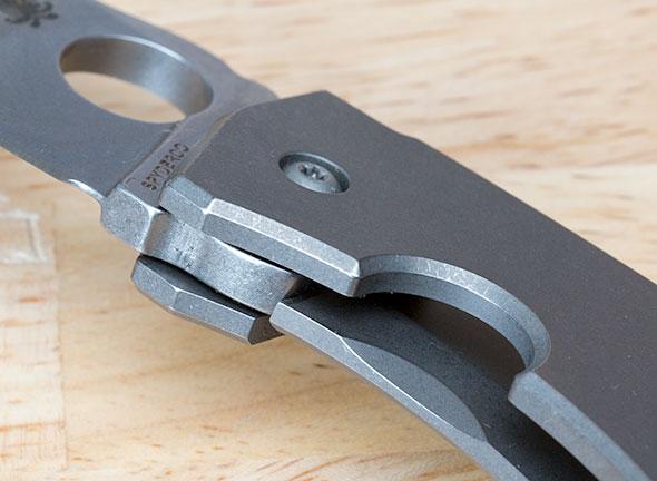 Spyderco Techno Knife Blade Lockup