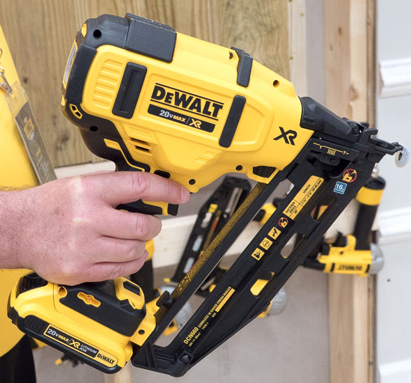 Dewalt Brushless Cordless Finish Nailer Side
