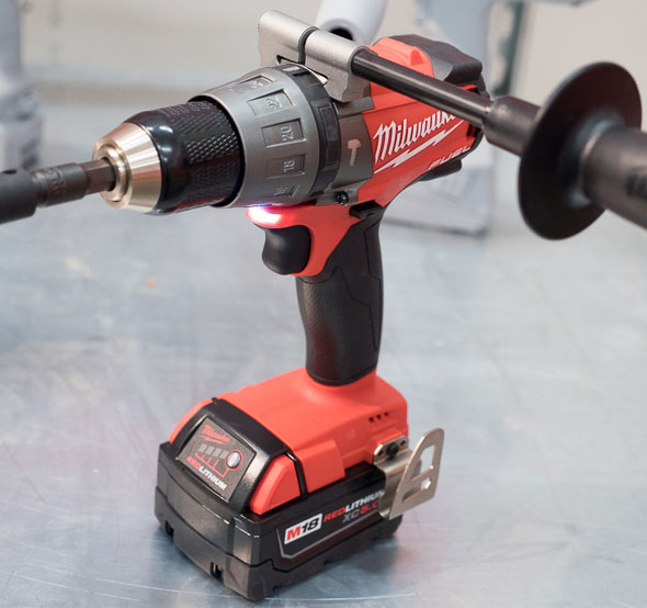 Milwaukee 2704 M18 Fuel Hammer Drill with Handle