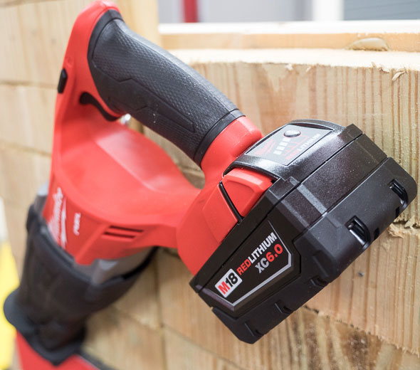 Milwaukee M18 Fuel Brushless Sawzall with 6Ah Battery