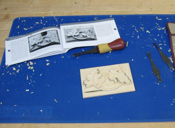 Carving on the Silicone Mat