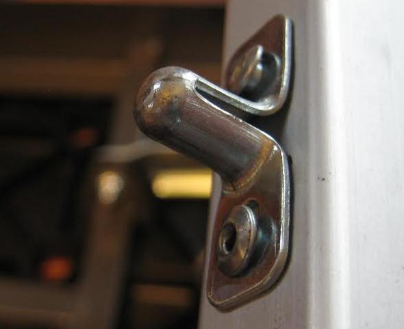 Craftsman peg bench bad rivet