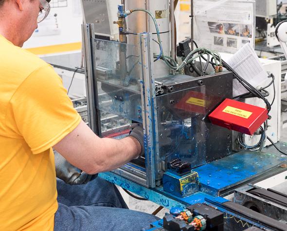 Dewalt 20V Max Impact Driver Motor Blue Stuff Station
