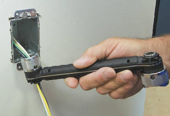 Threading wire through Klein Conduit Locknut Wrench