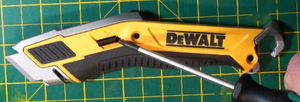 Dewalt Utility Knife Blade Change Lever 1