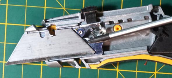 Dewalt Utility Knife Blade Change Lever 3