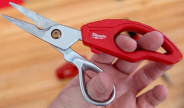 Milwaukee Low Voltage Wire Scissors Wrong Grip