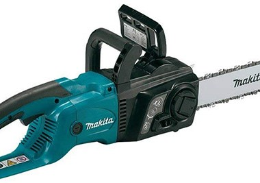 Milwaukee Corded Electric Chainsaw