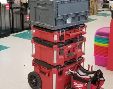 Milwaukee Packout Tool Box Stack with Vacuum in a Box