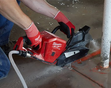 Milwaukee M18 Fuel Cut-off Saw 2786 Cutting Cement