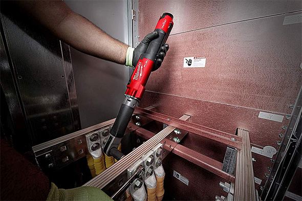 Milwaukee M12 Cordless Torque Wrench in Crimped Cable Connection Application