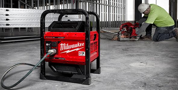Milwaukee MX Fuel Cordless Power Supply Powering Chop Saw
