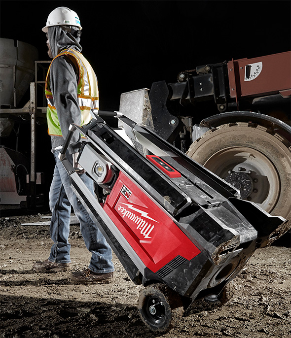 Milwaukee MX Fuel Cordless Worklight Being Transported