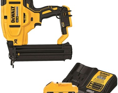 Dewalt 20V Max Cordless Brad Nailer with Battery Special Bundle DCN680BDCB230C